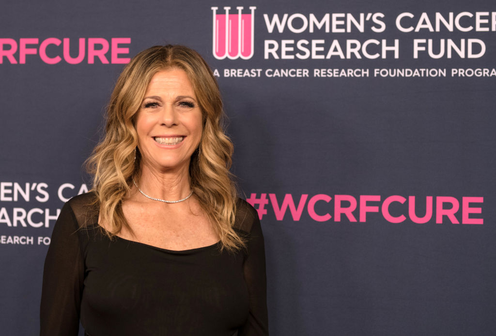 Rita Wilson shares her cellphone number with fans