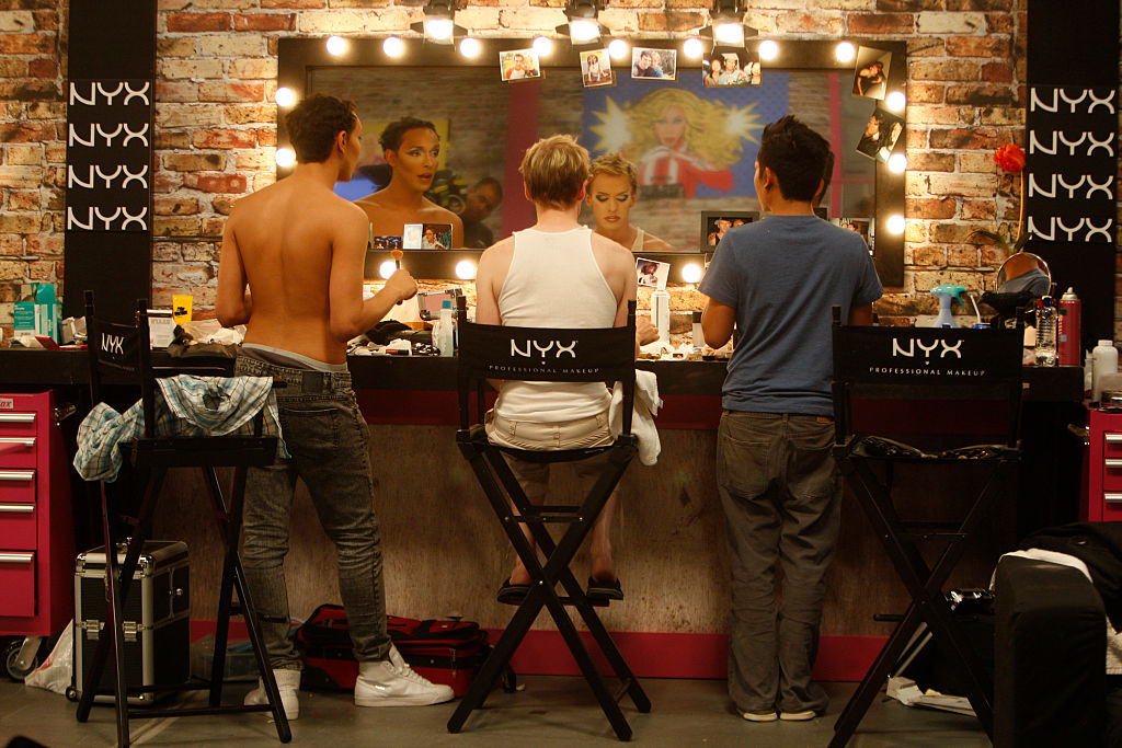 Contestants on 'RuPaul's Drag Race' prepare their makeup and hair