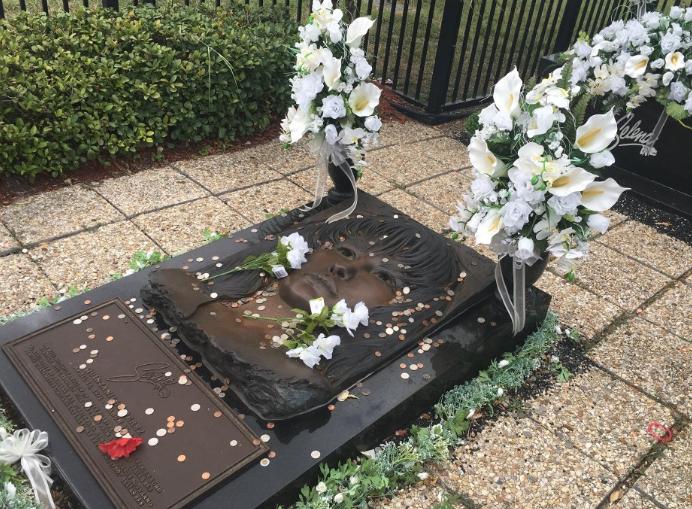 Selena Quintanilla's gravesite