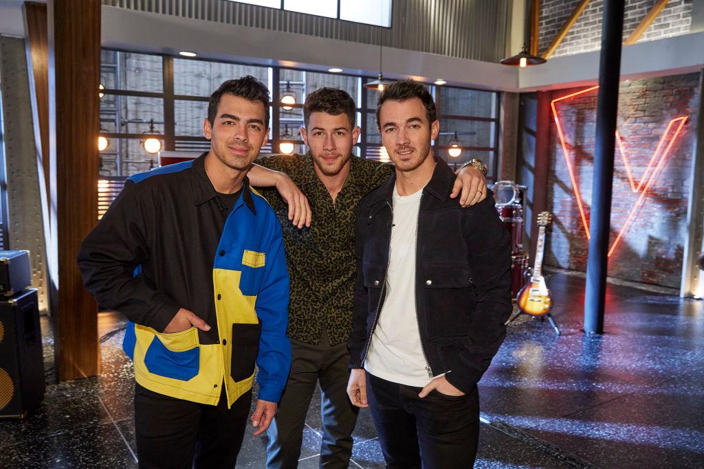 Joe Jonas, Nick Jonas, Kevin Jonas on 'The Voice'