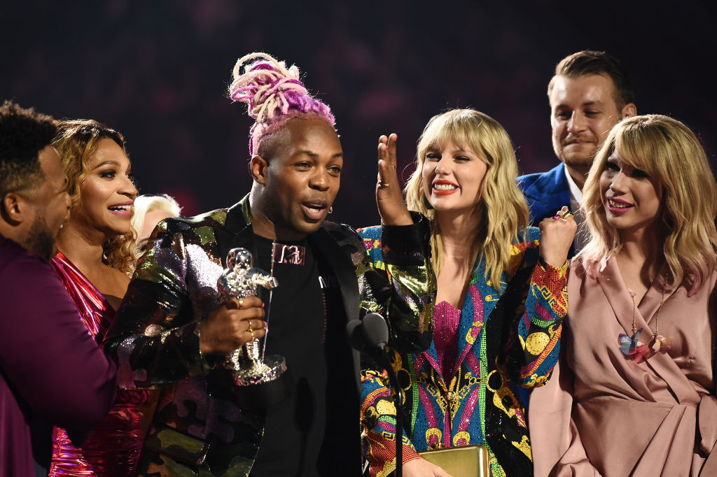Todrick Hall and Taylor Swift receive 'Video For Good' award for onstage during the 2019 MTV Video Music Awards