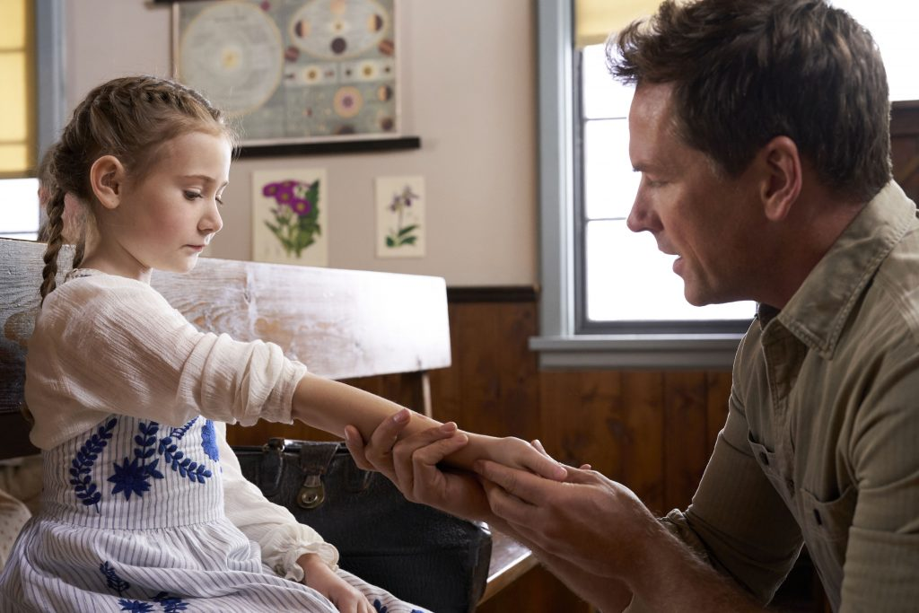 Ava Cooper and Paul Greene in When Calls the Heart