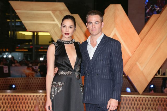 Gal Gadot and Chris Pine at the 'Wonder Woman' Mexico City premiere