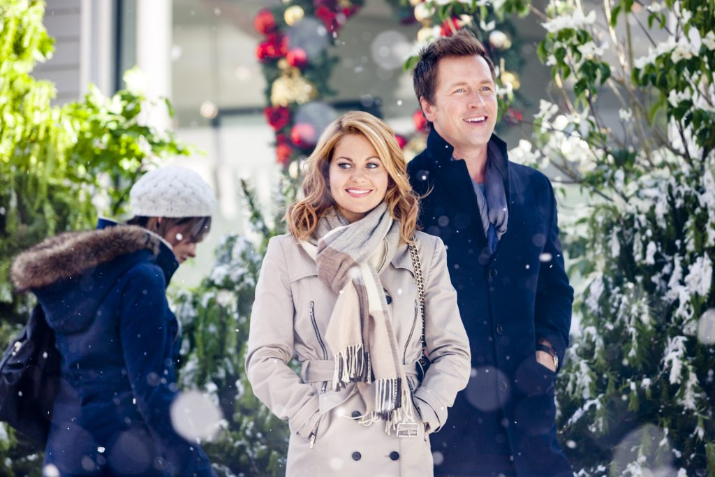 Candace Cameron Bure and  Paul Greene in A Christmas Detour