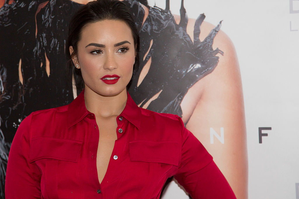 Demi Lovato attends a photocall to promote her new album 'Confident' on October 21. 2015 in Brazil