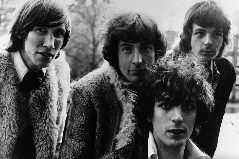 The British pop group Pink Floyd: Roger Waters, Nick Mason, Syd Barrett, and Richard Wright, circa 1966