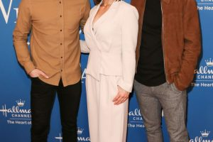 Erin Krakow Shares Hilarious Photos With Her 'When Calls the Heart' Co-Stars Kevin McGarry, Chris McNally at Selfie Museum
