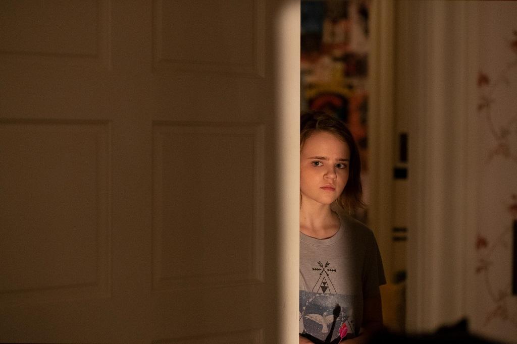 Megan Stott as Izzy Richardson in 'Little Fires Everywhere'