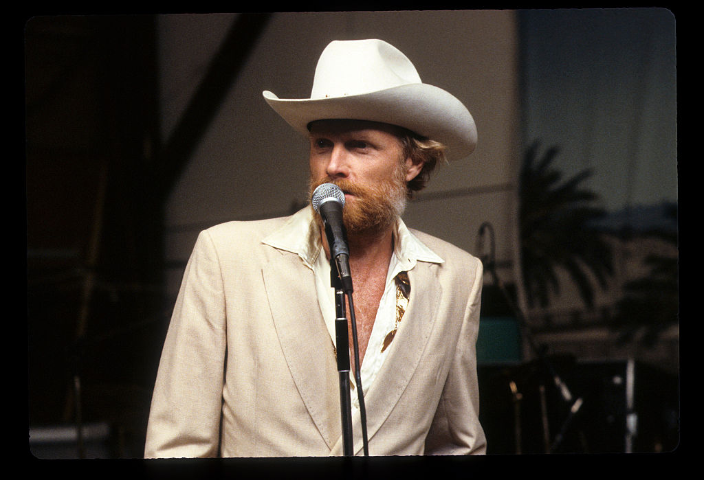 Mike Love of The Beach Boys in a white cowboy hat