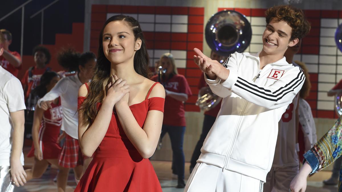 Nini (Olivia Rodrigo) and Ricky (Joshua Bassett) in the season finale of 'High School Musical: The Musical: The Series.'