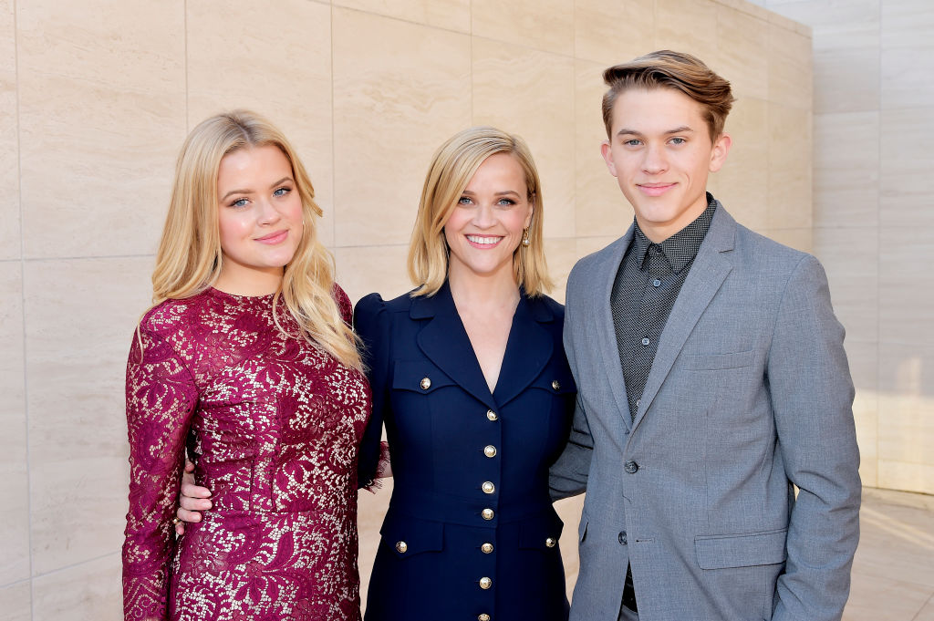 Ava Elizabeth Phillippe, Reese Witherspoon, and Deacon Reese Phillippe