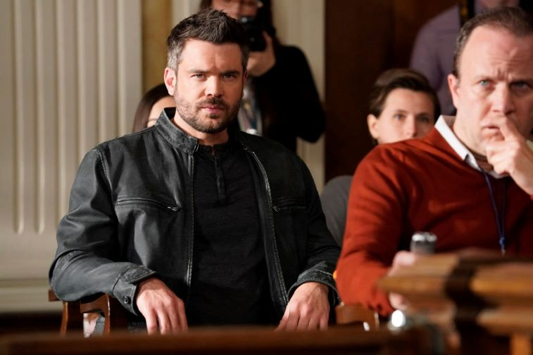 Charlie Weber sitting in court on 'How to Get Away with Murder'