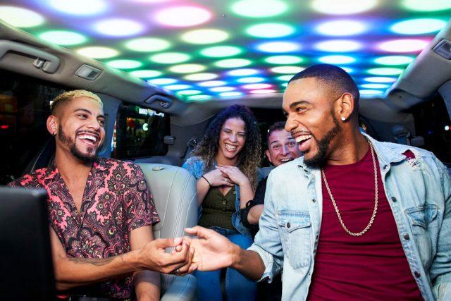 Contestants on 'Cash Cab'