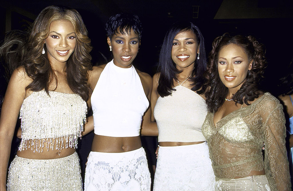 Destiny's Child on the red carpet at an award show in 2000