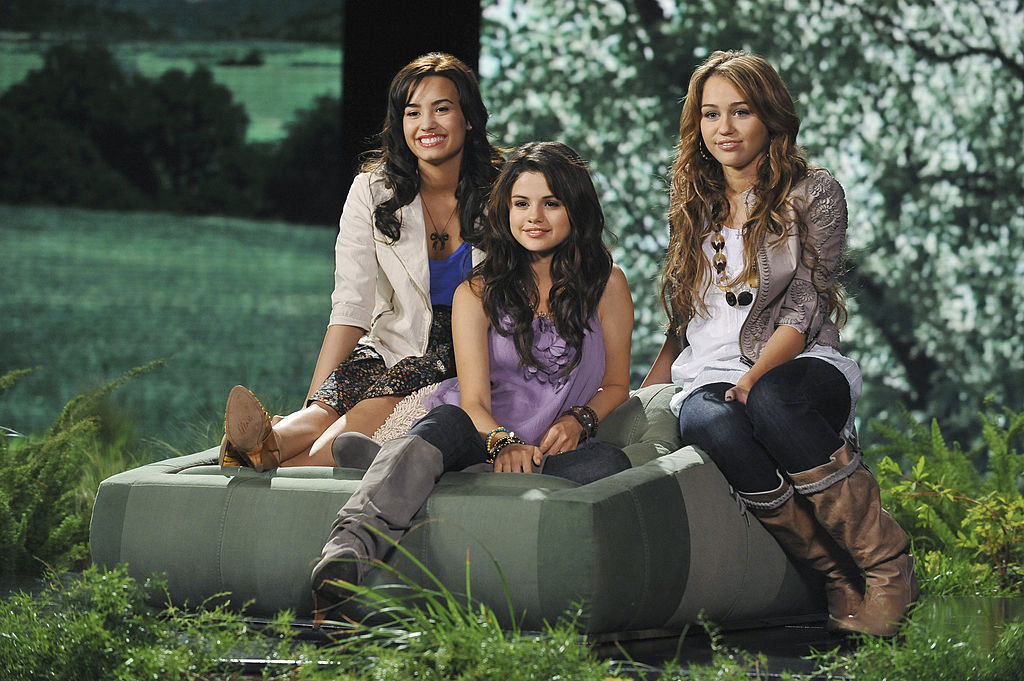 Disney stars Miley Cyrus, Selena Gomez, the Jonas Brothers and Demi Lovato of Disney's Friends for Change: Project Green
