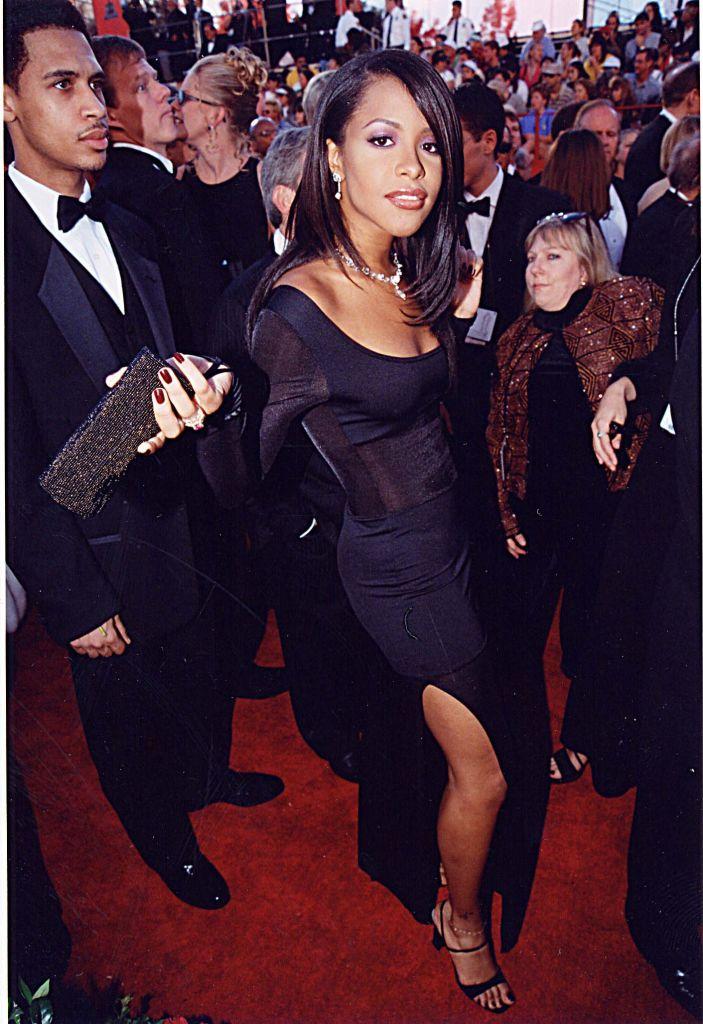 Aaliyah at the 1998 Oscars