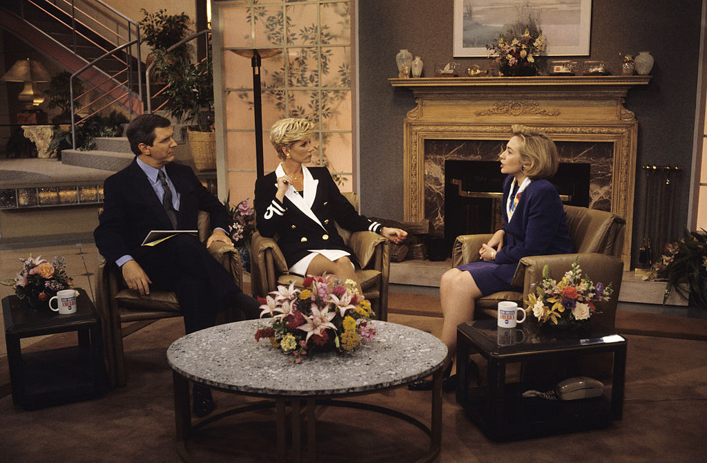 Charles Gibson, left, with Joan Lunden and Hillary Clinton on 'Good Morning America' , 1994