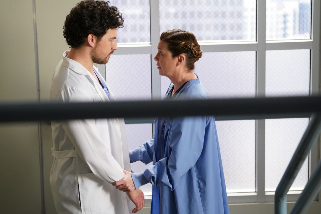 Giacomo Gianniotti as Andrew DeLuca and Ellen Pompeo as Meredith Grey on 'Grey's Anatomy'