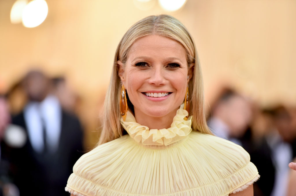 Gwyneth Paltrow auctions her outdated Oscar robe for coronavirus reduction funds