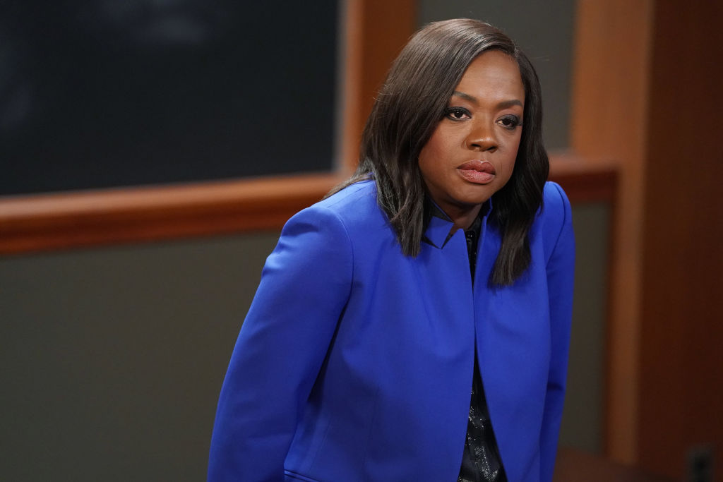 Viola Davis Asks Fans to Describe 'HTGAWM' Episode and Twitter Delivers
