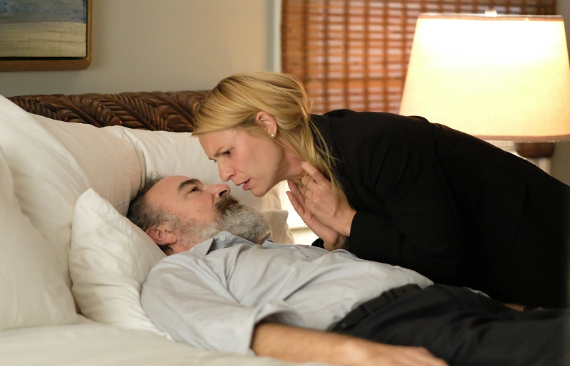 Claire Danes and Mandy Patinkin act in 'Homeland.'