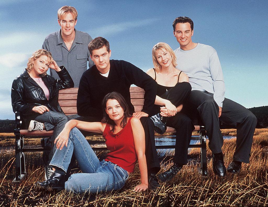 Dawson's Creek characters James Van Der Beek, Michelle Williams, Katie Holmes, Joshua Jackson, Meredith Monroe, and Kerr Smith