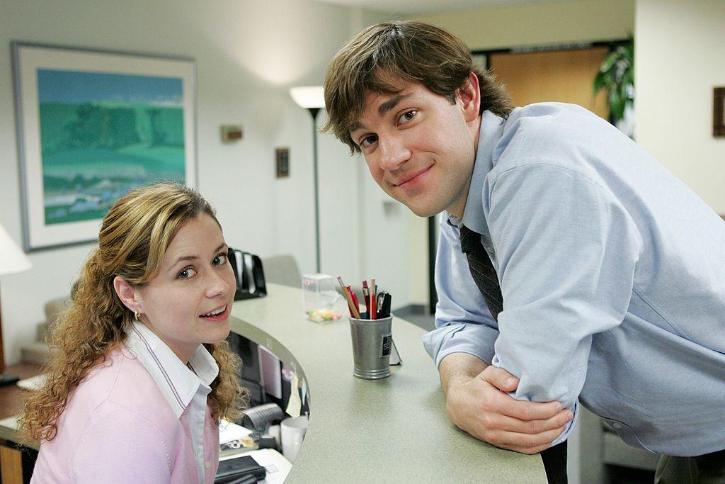 The Office cast members Jenna Fischer as Pam and John Krasinski as Jim