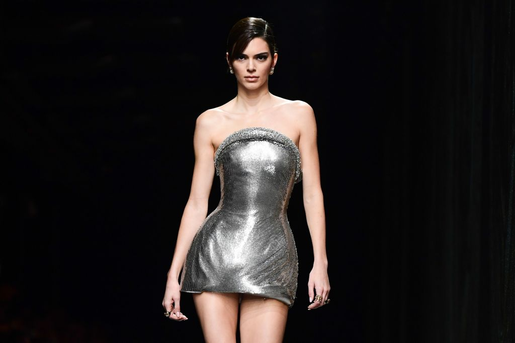 Kendall Jenner defends dating life