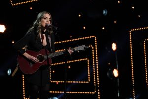 'American Idol': Lauren Mascitti Says Her Nana 'Might Be More Famous'