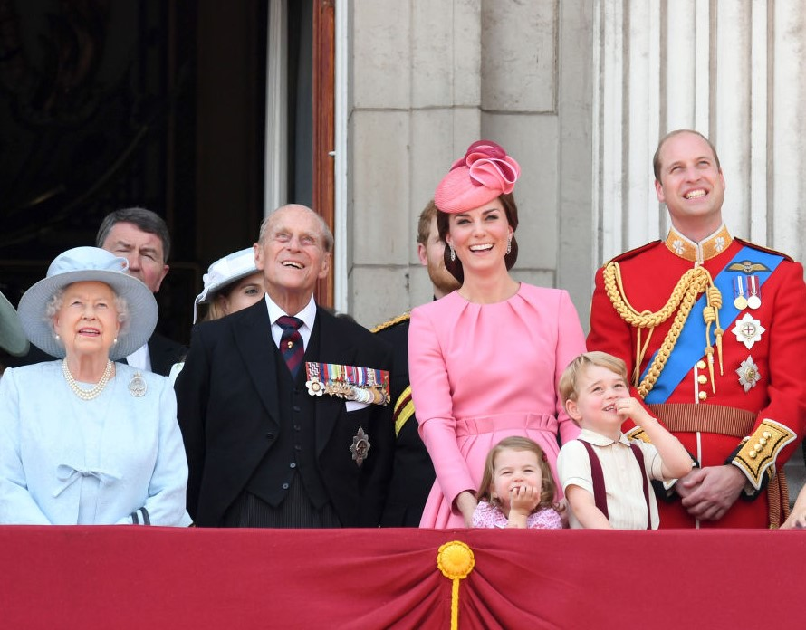 Photo of Easter Traditions Queen Elizabeth II and the Royal Family Are Forced To Do Differently This Year   Showbiz Cheat Sheet