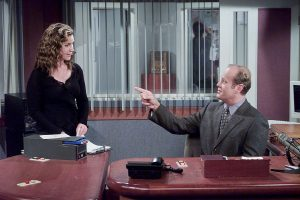 'Frasier:' Peri Gilpin Talks About Losing the Part of Roz to Lisa Kudrow … Then Getting it Back
