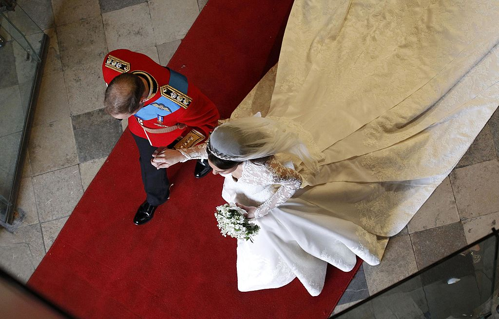 Prince William and Kate Middleton leave Westminster Abbey, 2011