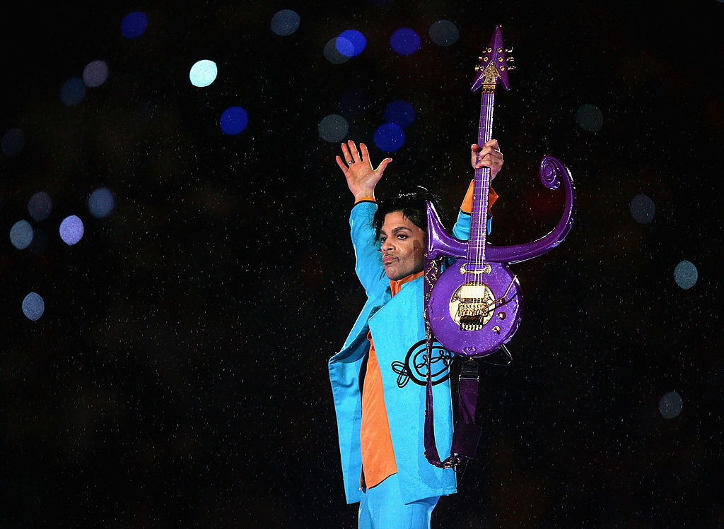 Prince performing at the 2007 Super Bowl in Miami Gardens, Florida