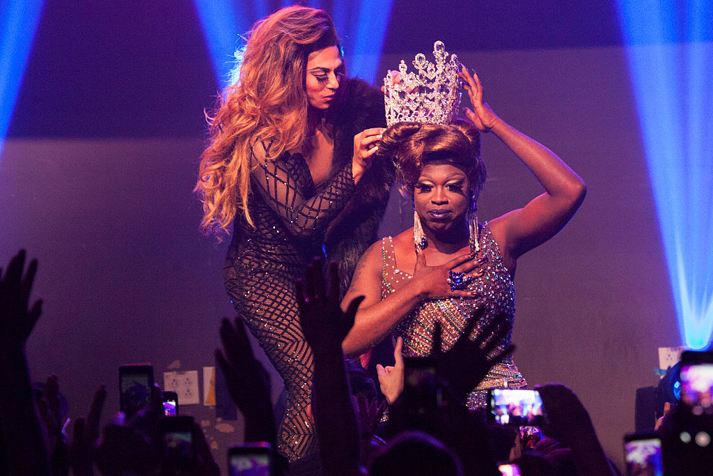 Bob The Drag Queen  onstage being crowned winner of 'RuPaul's Drag Race Season 8'