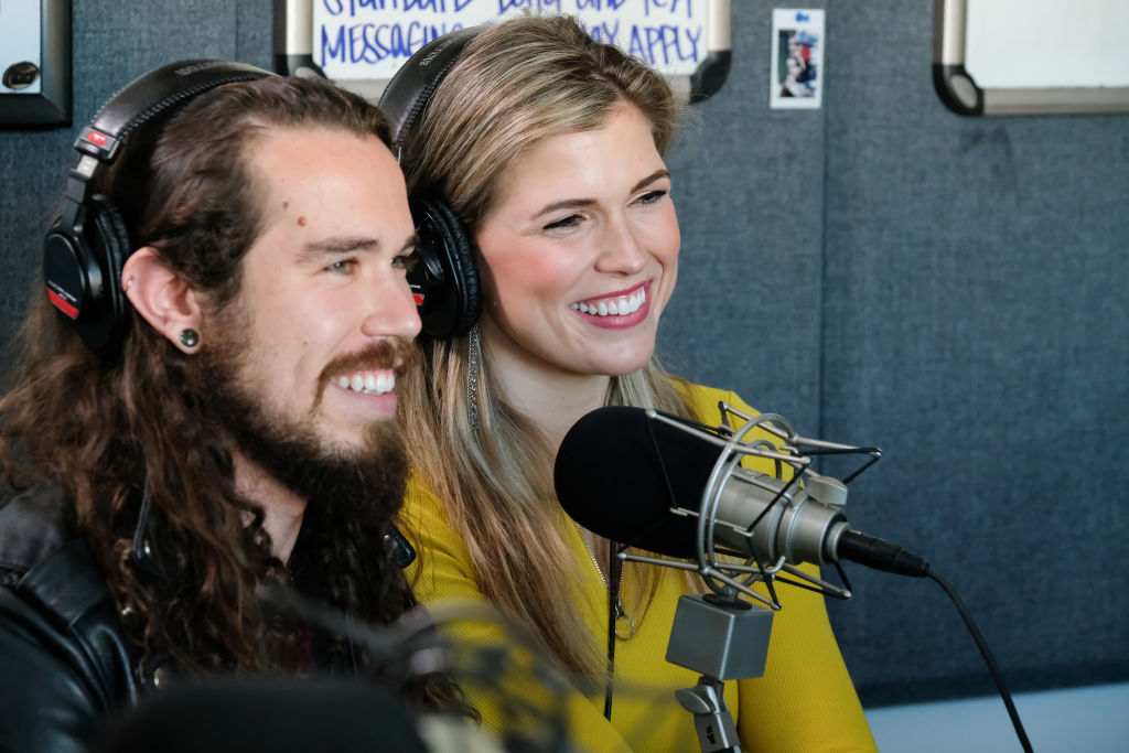 Sheridan and Julia on 'The Bachelor: Listen to Your Heart' Week 2