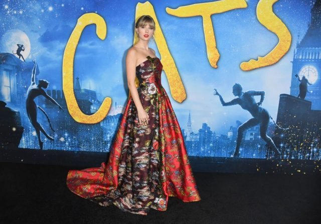 Taylor Swift at the 'Cats' world premiere