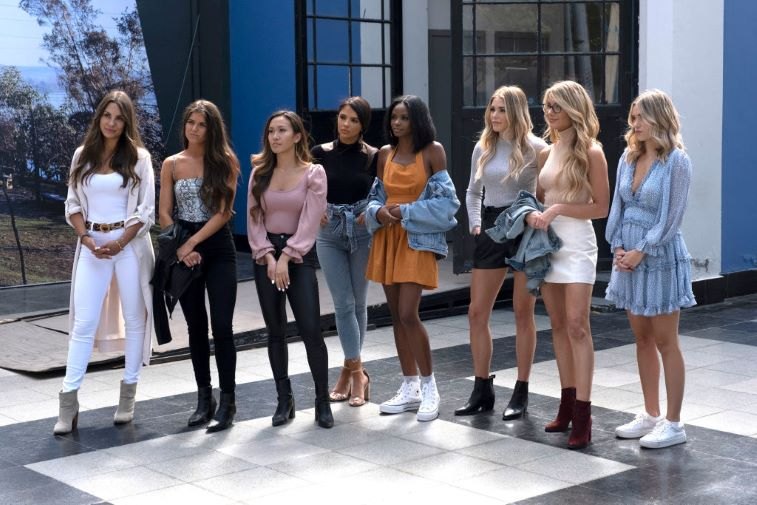 Kelley, Madison, Tammy, Sydney, Natasha, Kelsey, and Victoria P. on a group date with Peter Weber