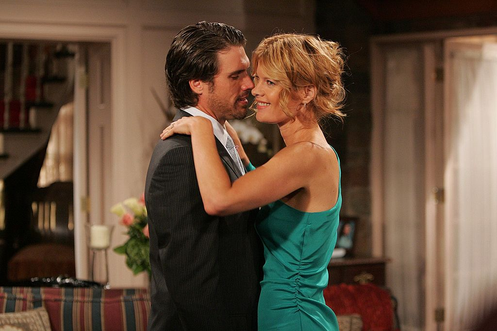 Nick (Joshua Morrow) and Phyllis (Michelle Stafford) sharing a close moment