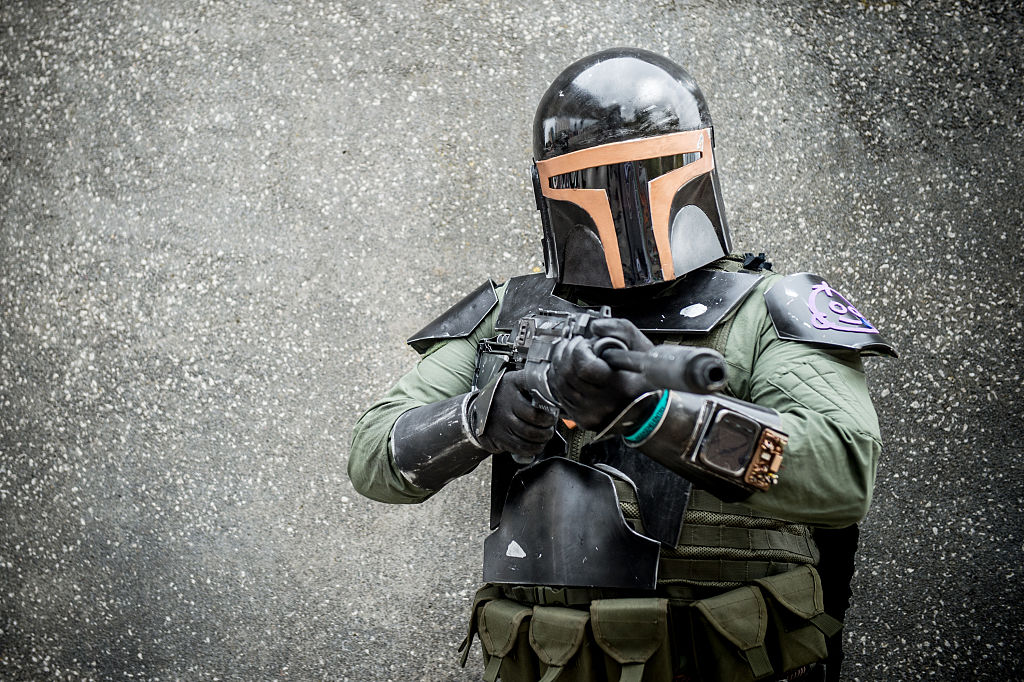 Star Wars Leaked Agency Information Suggests The Mandalorian Season 2 May Feature Boba Fett In Major Recurring Role
