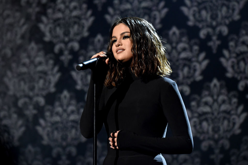 Selena Gomez performs onstage during the 2019 American Music Awards on November 24, 2019