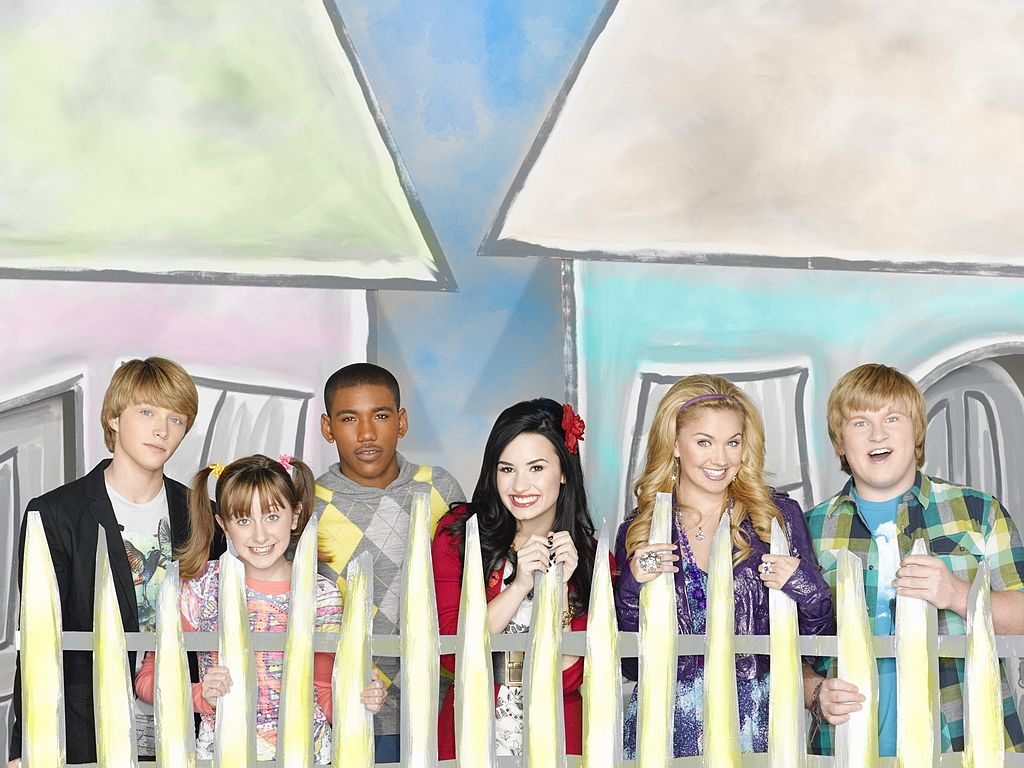 Sonny With a Chance cast
