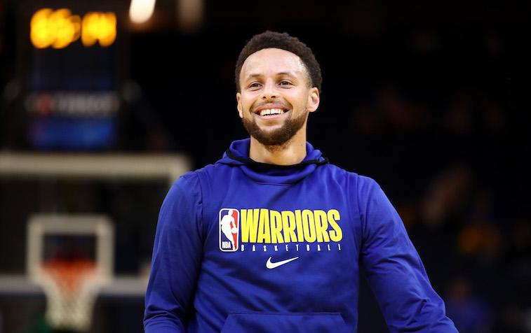 Steph Curry plays basketball