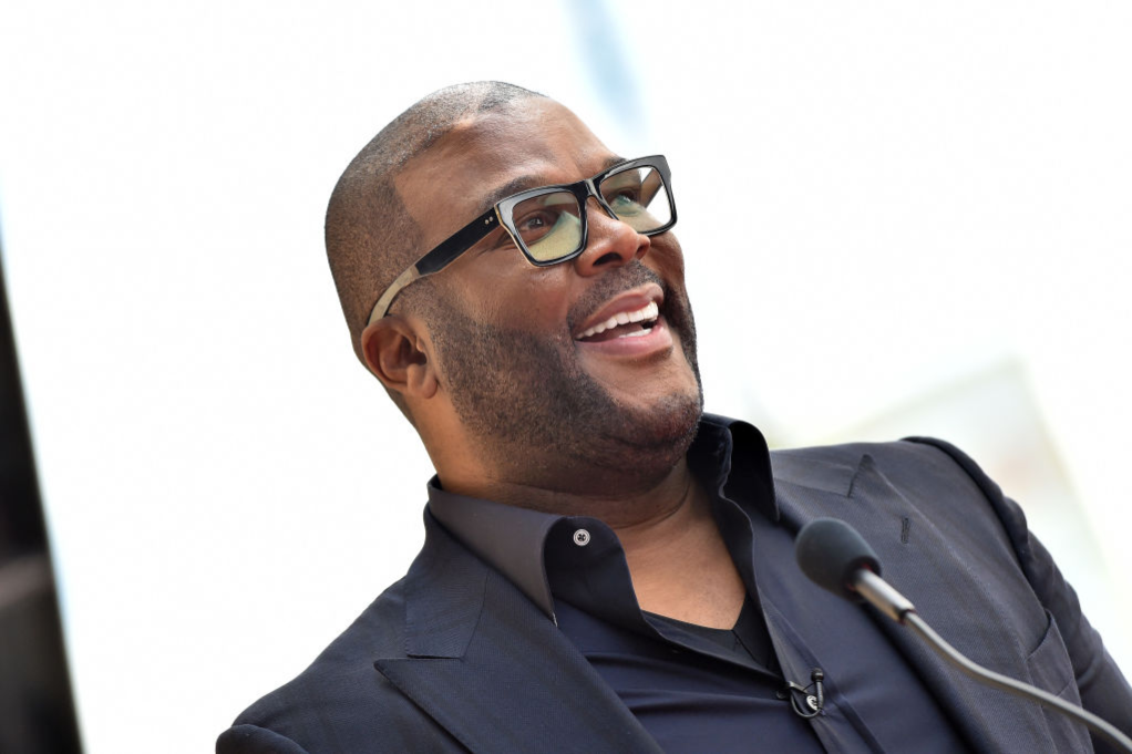 Tyler Perry reportedly spends six figures to pay for senior citizens' groceries