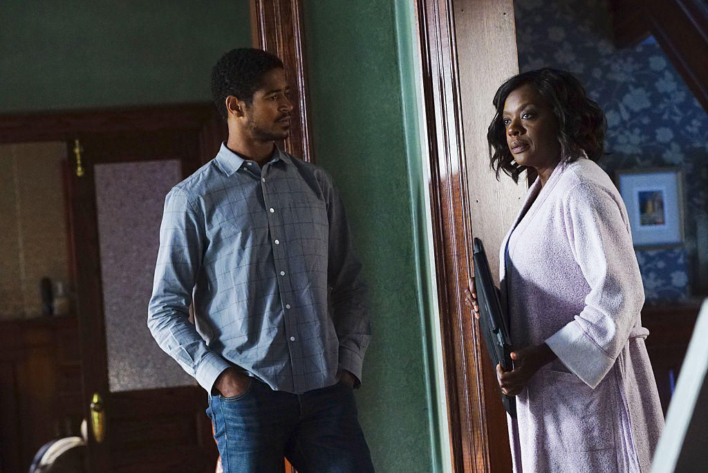 Alfred Enoch and Viola Davis on 'How to Get Away with Murder' in 2016