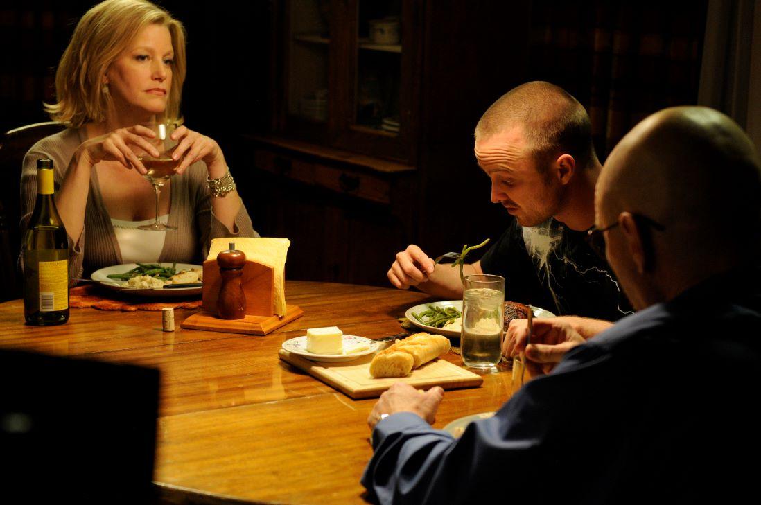 Walt and Skyler have Jesse over for dinner