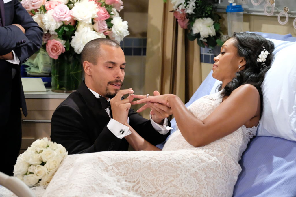 Bryon James as Devon Hamilton and Mishael Morgan as Hilary Curtis on 'The Young and the Restless' in 2018
