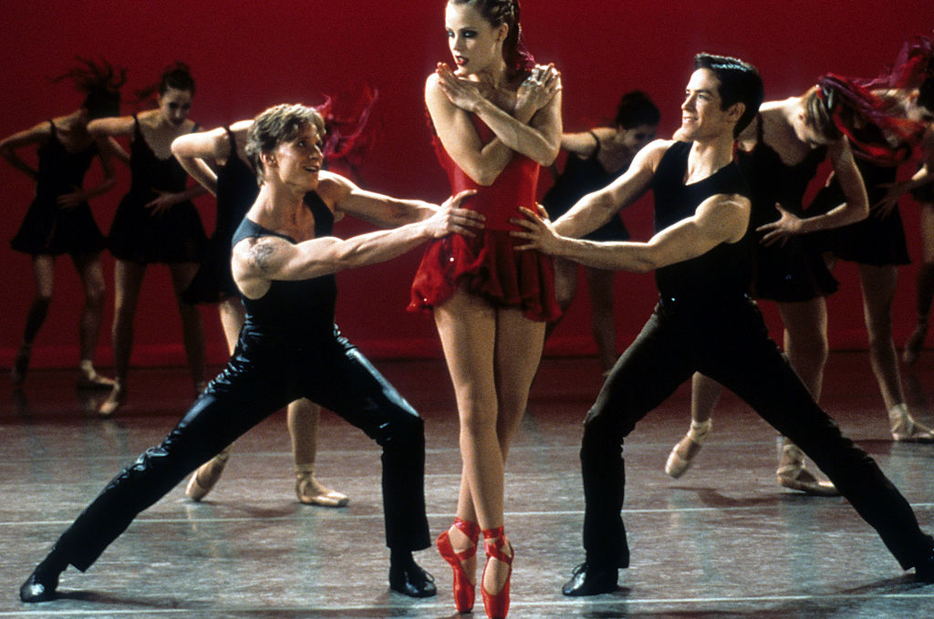 Center Stage cast dancing