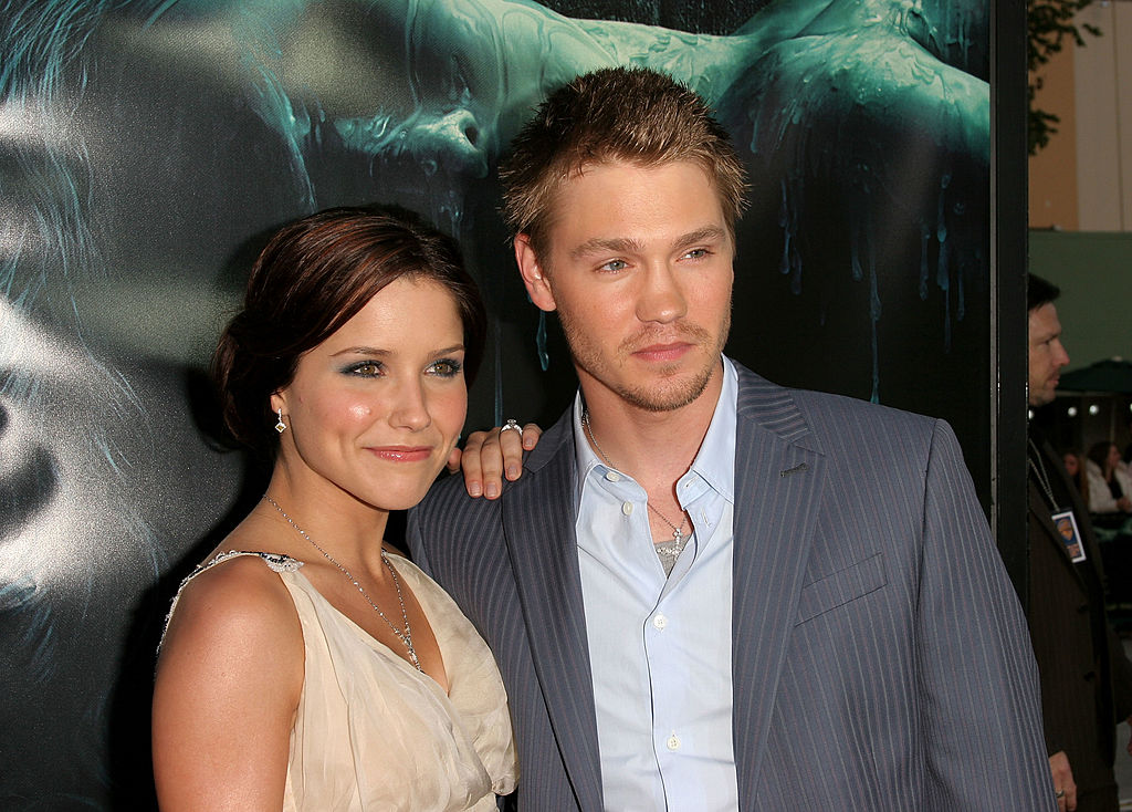 """Actor Chad Michael Murray (R) and his wife actress Sophia Bush arrive at Warner Bros. Premiere Of """"House Of Wax"""" at the Mann's Village Theater on April 26, 2005 in Westwood, California"""