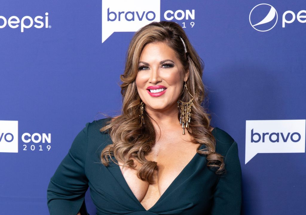 'RHOC's' Emily Simpson attends opening night of the 2019 BravoCon at Hammerstein Ballroom