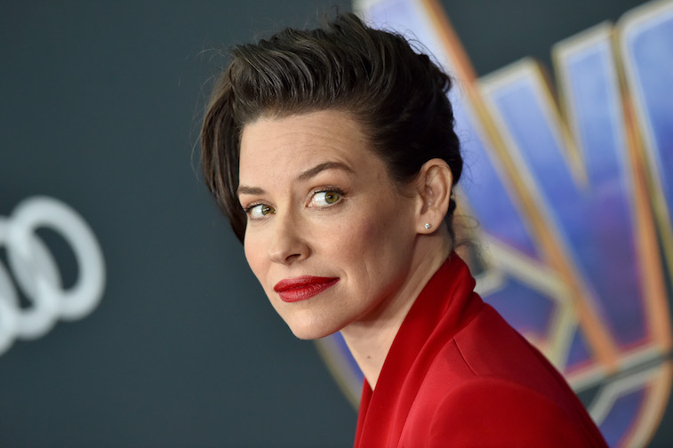 Evangeline Lilly on the red carpet